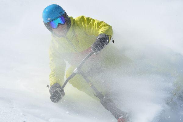 brenter-snowbike-c6-carbon-zauchensee-2385AE14E-37AC-83E0-14A8-99491E9C4AE5.jpg